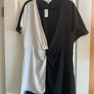 New York & Company Black & White High-Low Top NWT